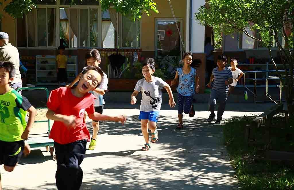 照海華德福三年級體育課跑步